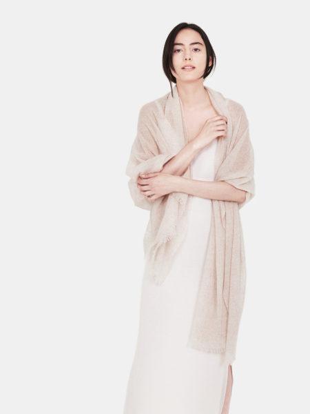 airy-cashmere-shawl-beige-c