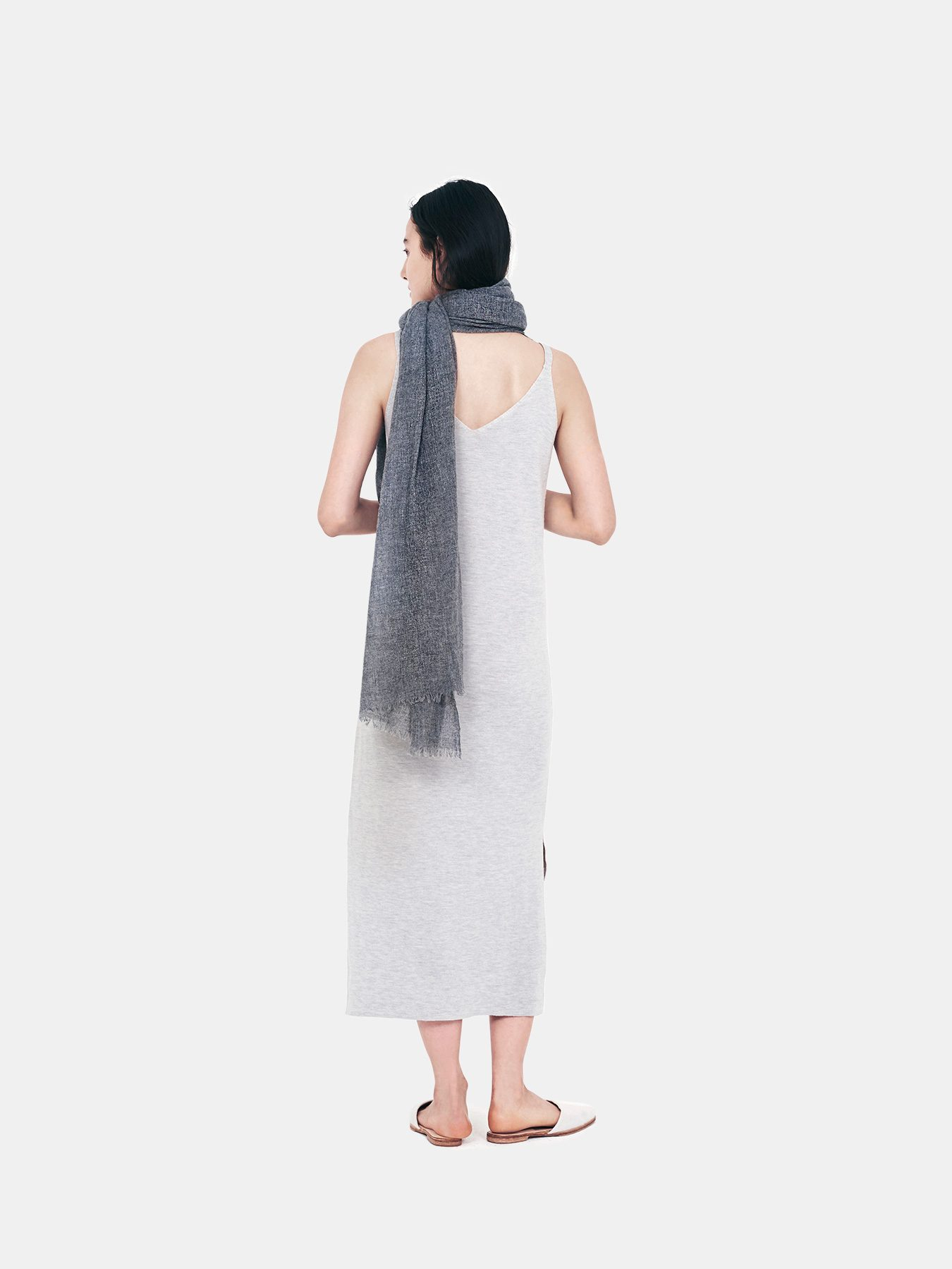 airy-cashmere-shawl-charcoal-b