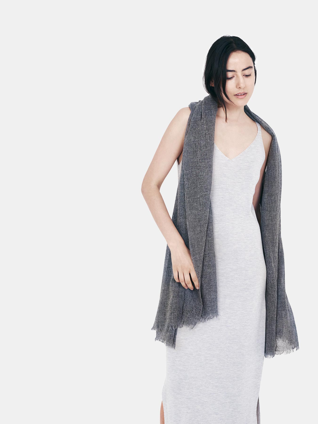 airy-cashmere-shawl-charcoal-c
