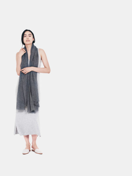 airy-cashmere-shawl-charcoal-f