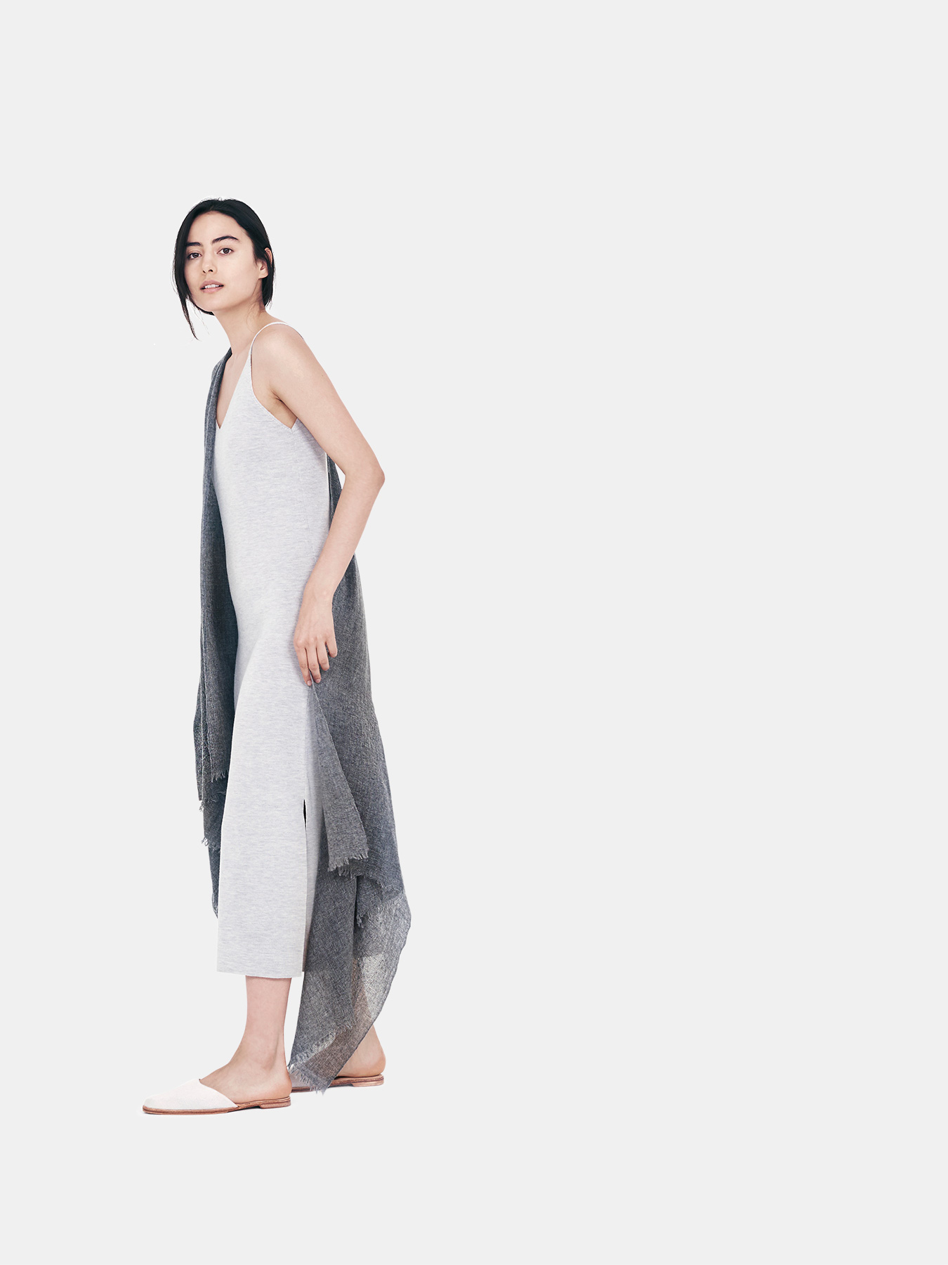 airy-cashmere-shawl-charcoal-s