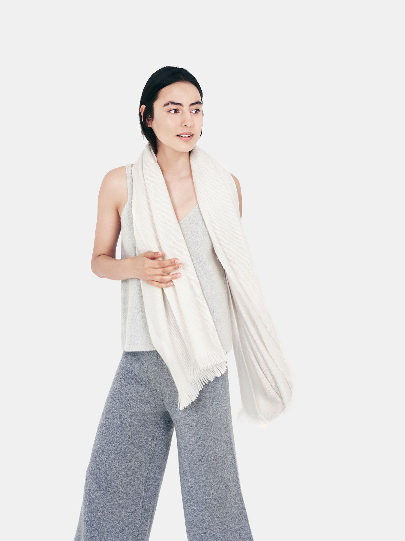 classic-knitted-cashmere-scarf-ivory-c