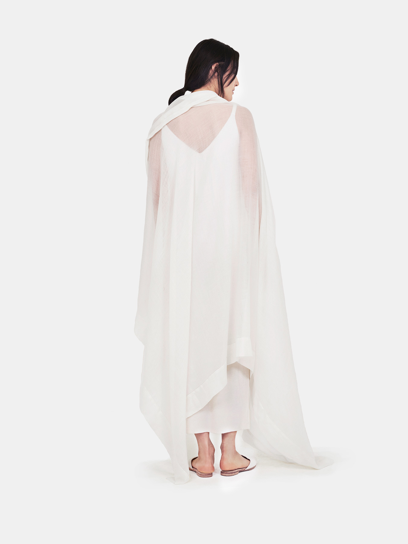 feather-cashmere-wrap-ivory-b