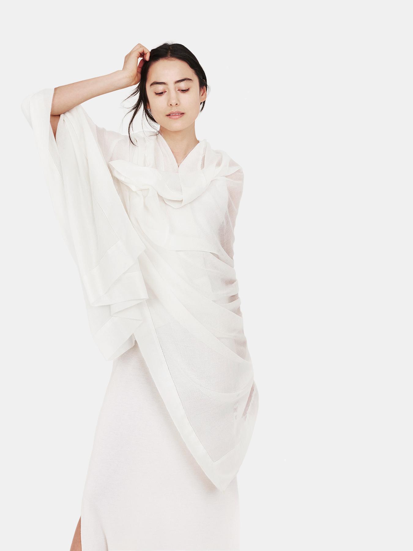 feather-cashmere-wrap-ivory-c
