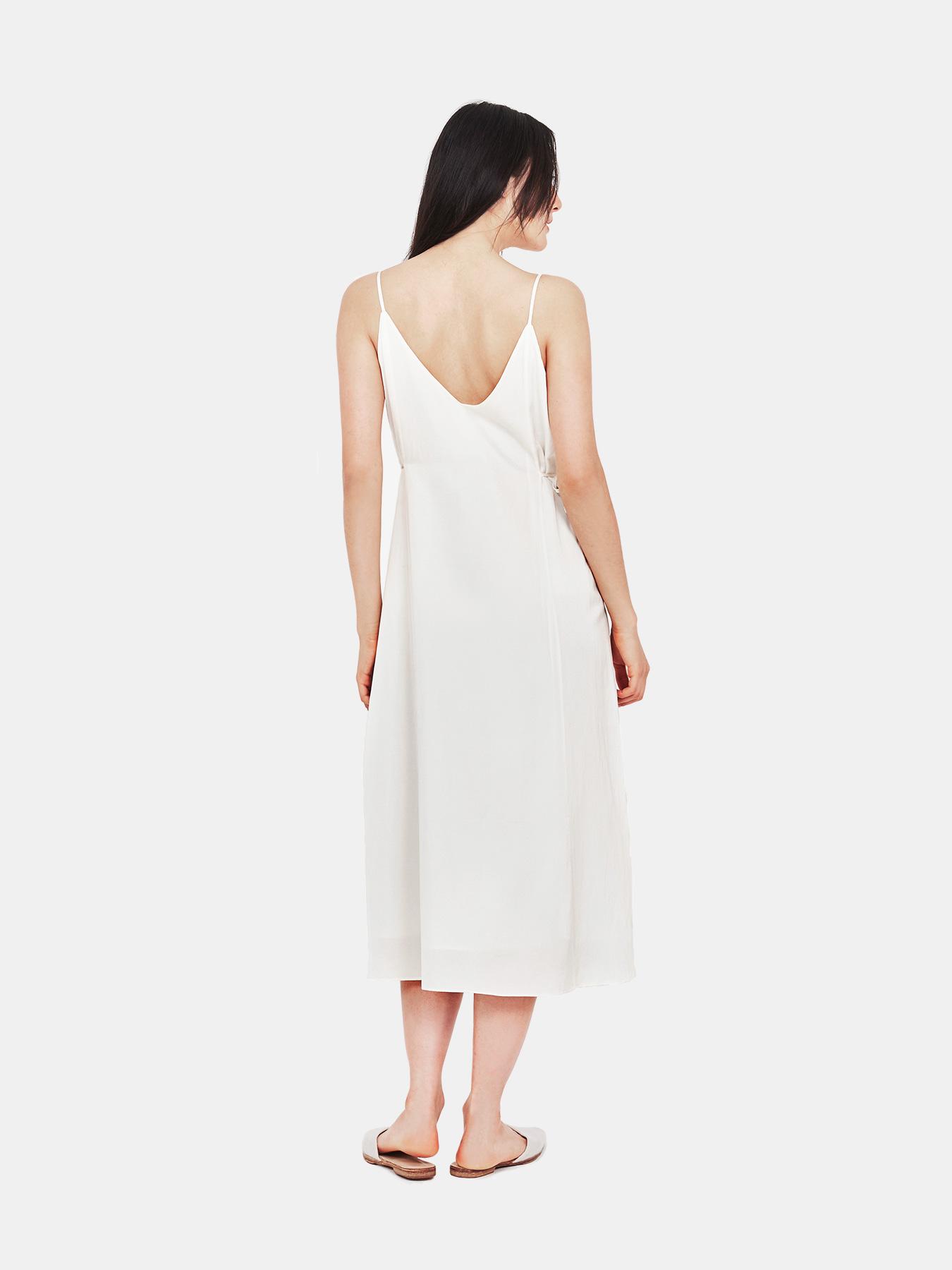relaxed-slip-dress-white-b