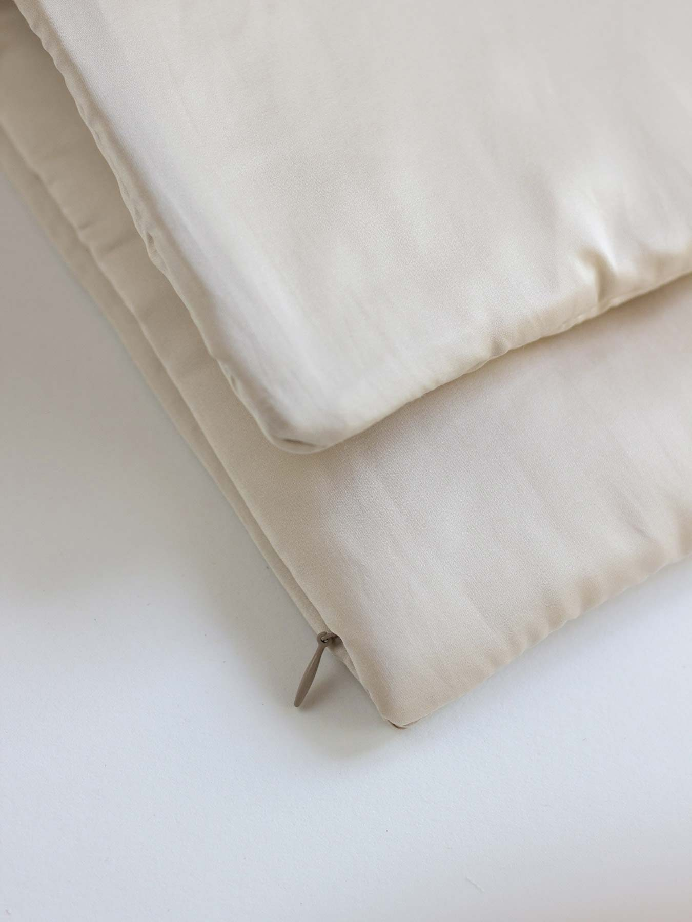 cotton and silk pillow cover nude2